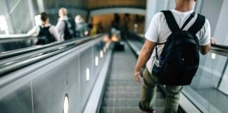 There are a few golden rules to using escalator in the UK. Master them and you'll be popular on escalators!