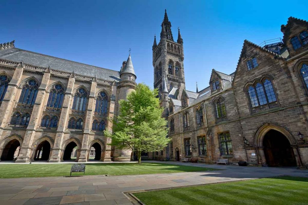 University of Glasgow in guide to Glasgow