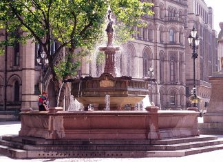The Albert Square Fountain in Manchester is an iconic landmark at the heart of the city.