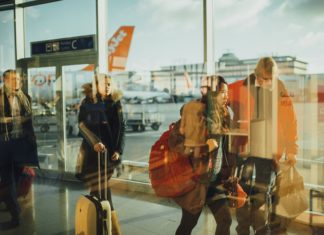 Photo of travellers in an airport