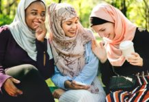 Photo of three young Muslim women