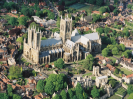 student city guide to lincoln england