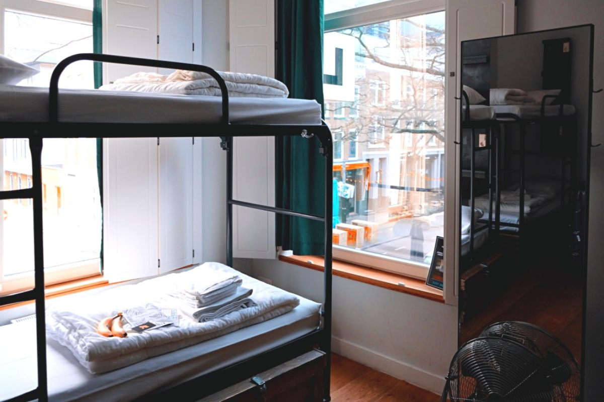 What are student accommodation options in the UK?